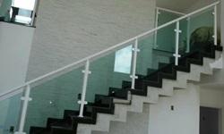 Corrimão vidro escada