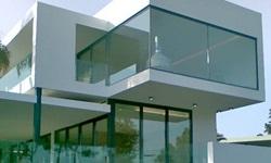 Fachada em vidro temperado