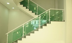 Guarda corpo panorâmico escada