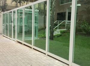 fachada vidro temperado