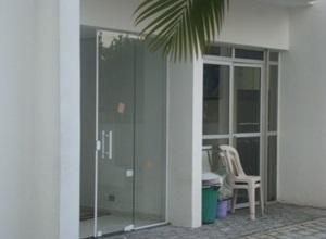 porta de vidro para lavanderia