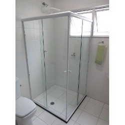 Box de canto para banheiro