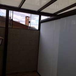cobertura para porta de vidro