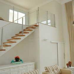 escada guarda corpo vidro