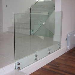 guarda corpo de vidro preço