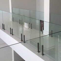 guarda corpo em vidro