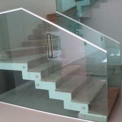 onde encontrar corrimão de escada