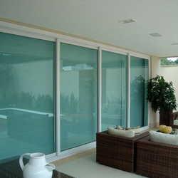 Porta de vidro blindex