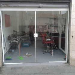 porta de vidro de loja