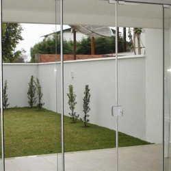 porta de vidro retrátil
