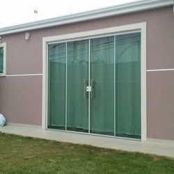 porta de vidro sacada