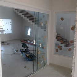 portas de vidro em curitiba