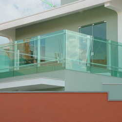 sacada vidro temperado