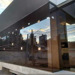 Vidro espelhado bronze